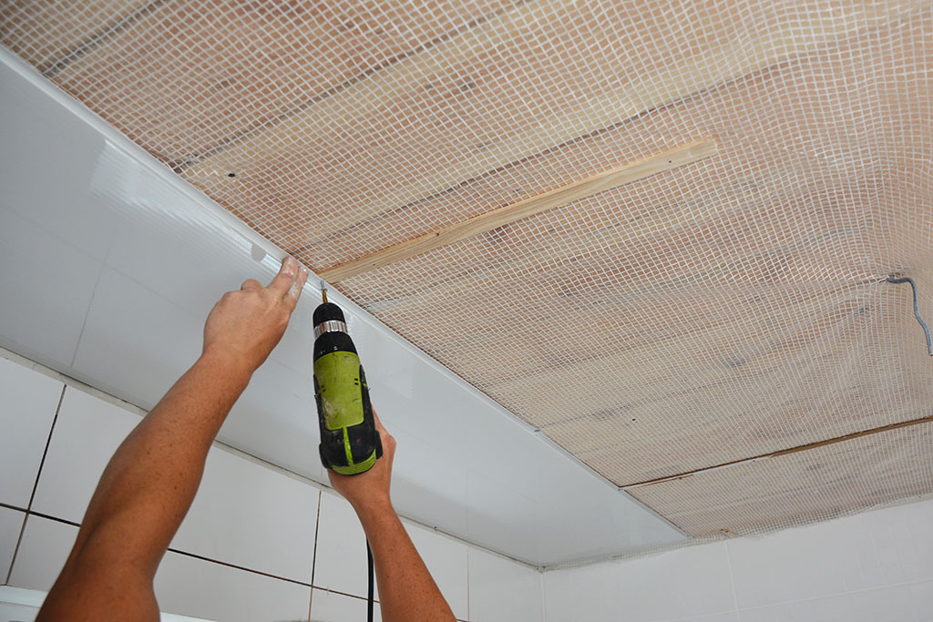 Installing Wall and Ceiling Panels in Your Kitchen or Bathroom